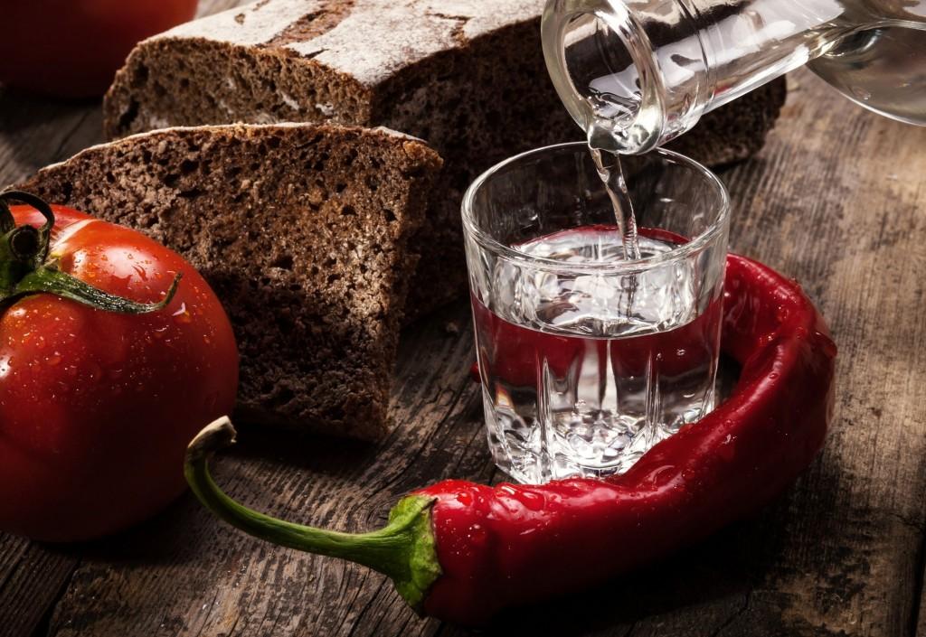 можно ли дарить водку в Турции